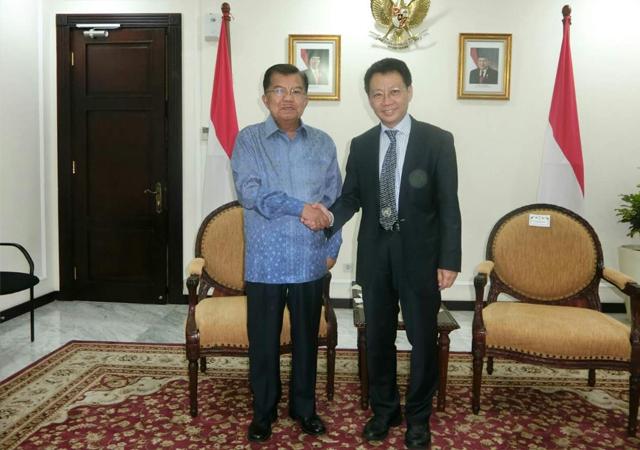 林健忠博士與印尼副總統JUsuf Kalla會面一小時,探討在印尼興建公共房屋的合作計劃