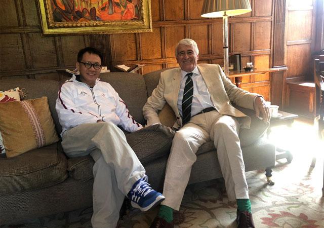 林博士拜訪英國劍橋大學皇后學院校長Lord Eatwell