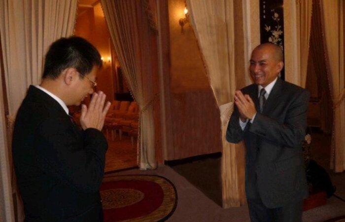 慶祝中國柬埔寨建交60週年,柬埔寨國王於王府接見林博士