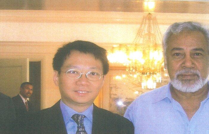 林博士於耶加達與東帝汶開國元勳 Dr. Gusmao Xanana 見面